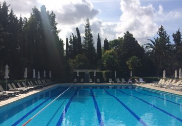 Crowne Plaza Rome-St. Peter's swimming pool