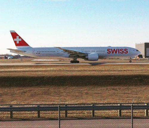 Swiss International Airlines 777 taking-ff in Montreal (YUL)