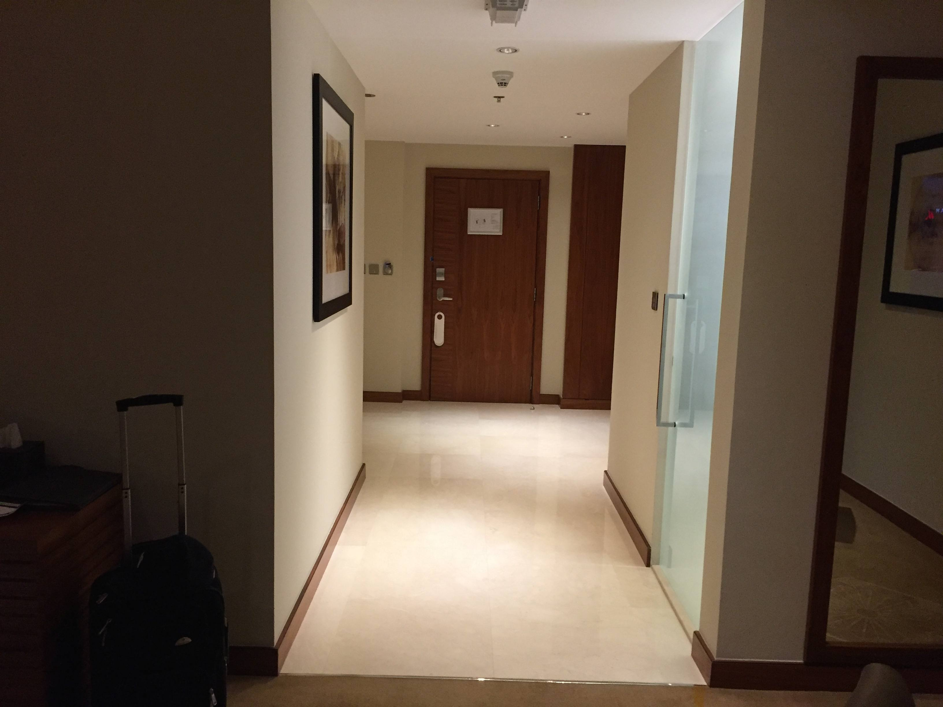 Suite entrance and hall - InterContinental Doha The City