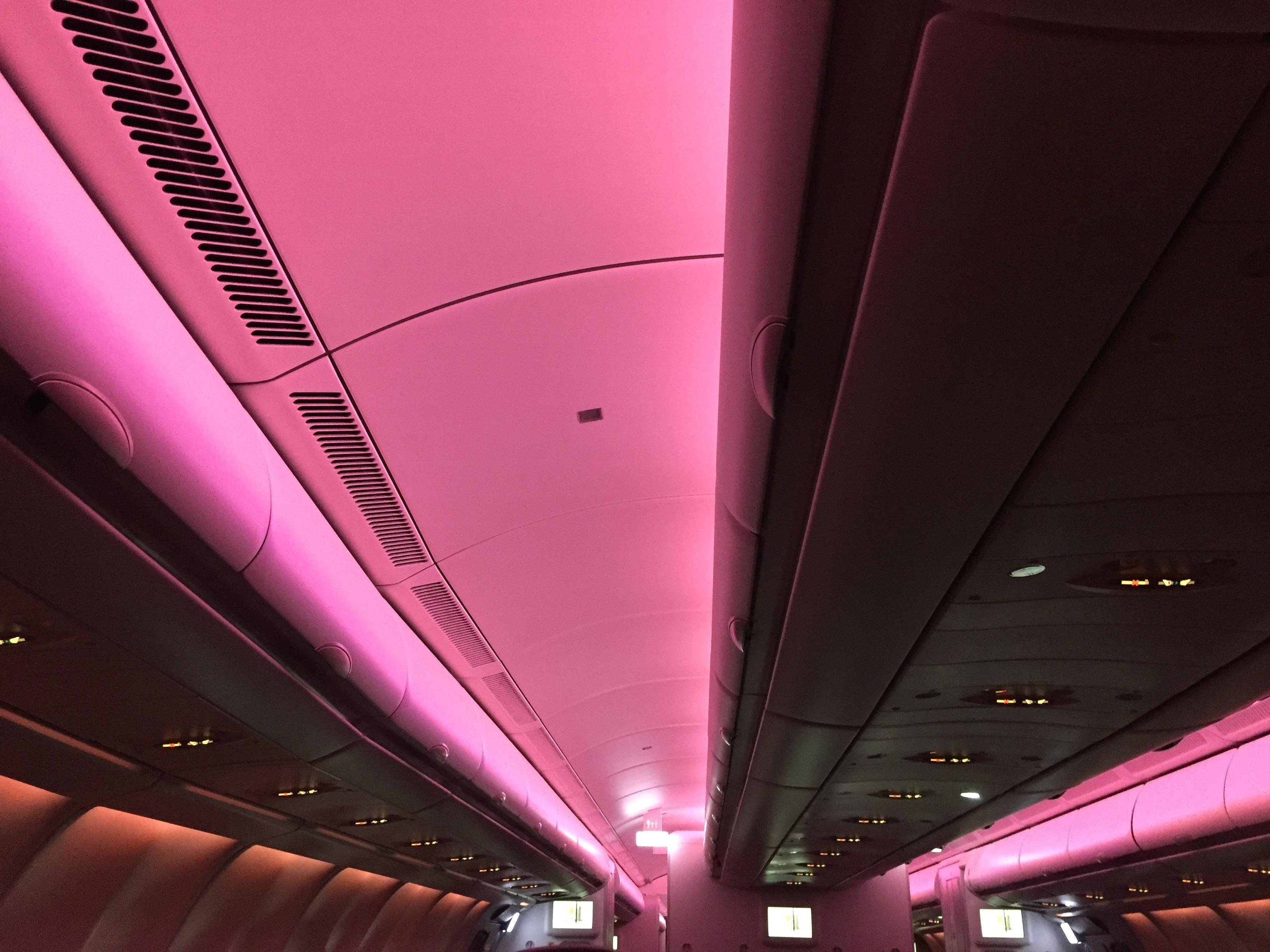 Swiss Economy Montreal-Zurich cabin lighting