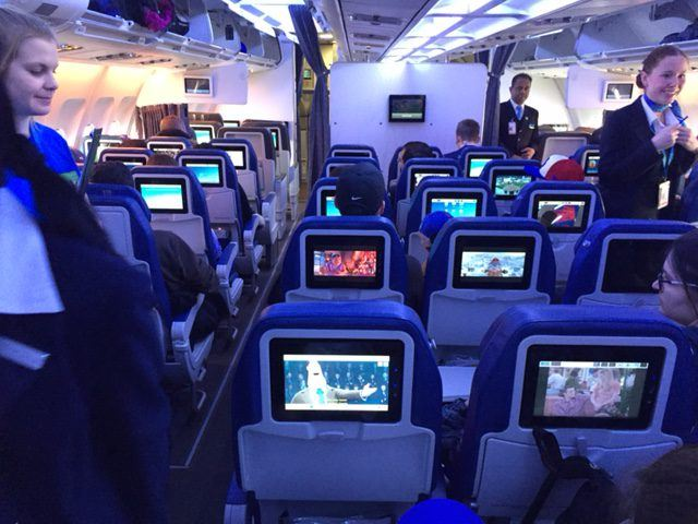 Service & inflight entertainment in the Air Transat cabin