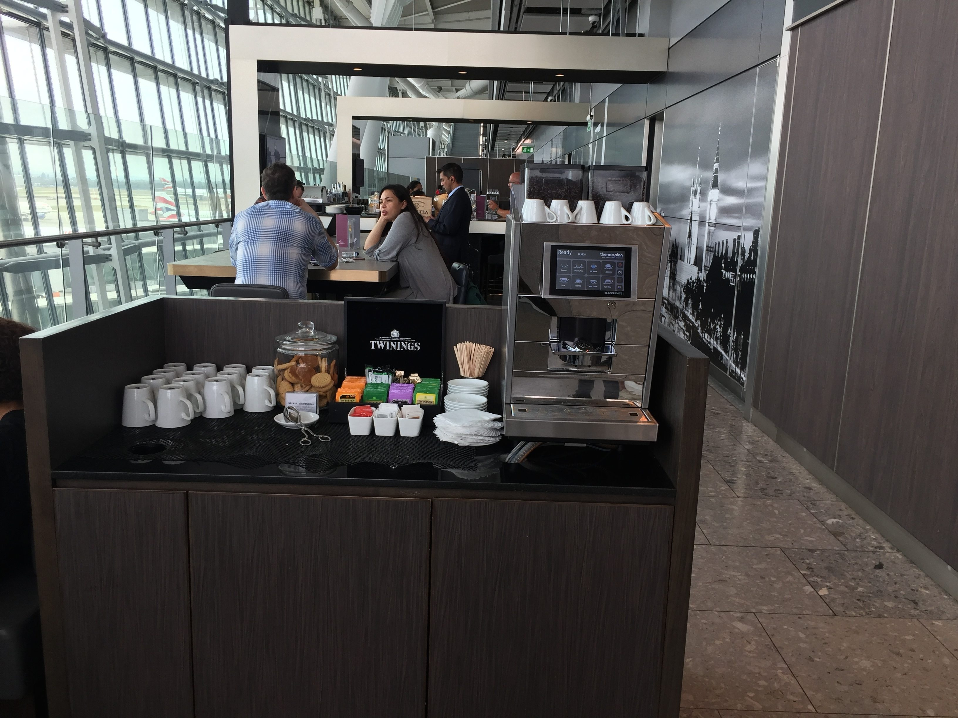 Coffee & tea station - Plaza Premium Lounge LHR T5