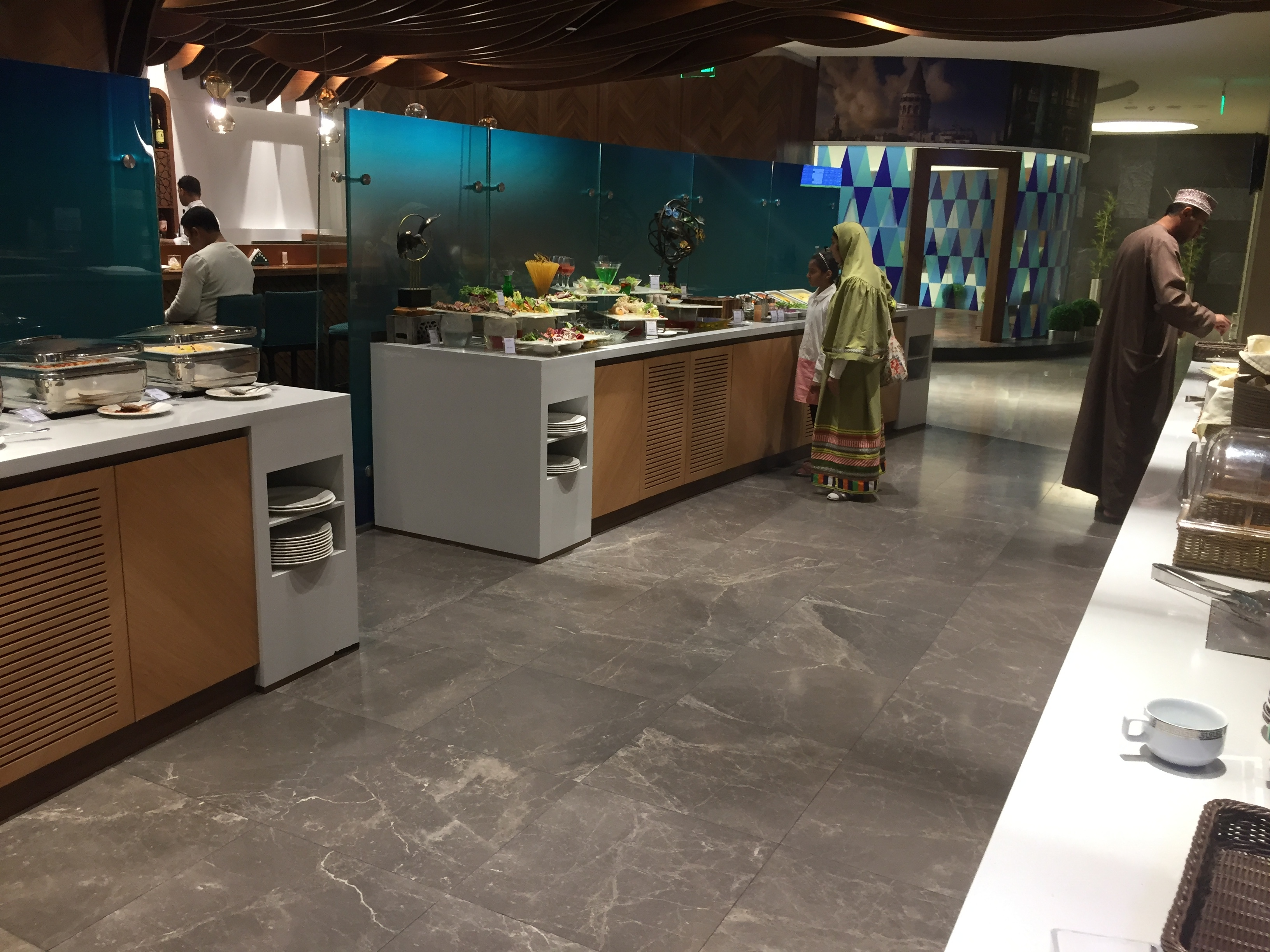 Buffet area | The Primeclass Lounge Muscat