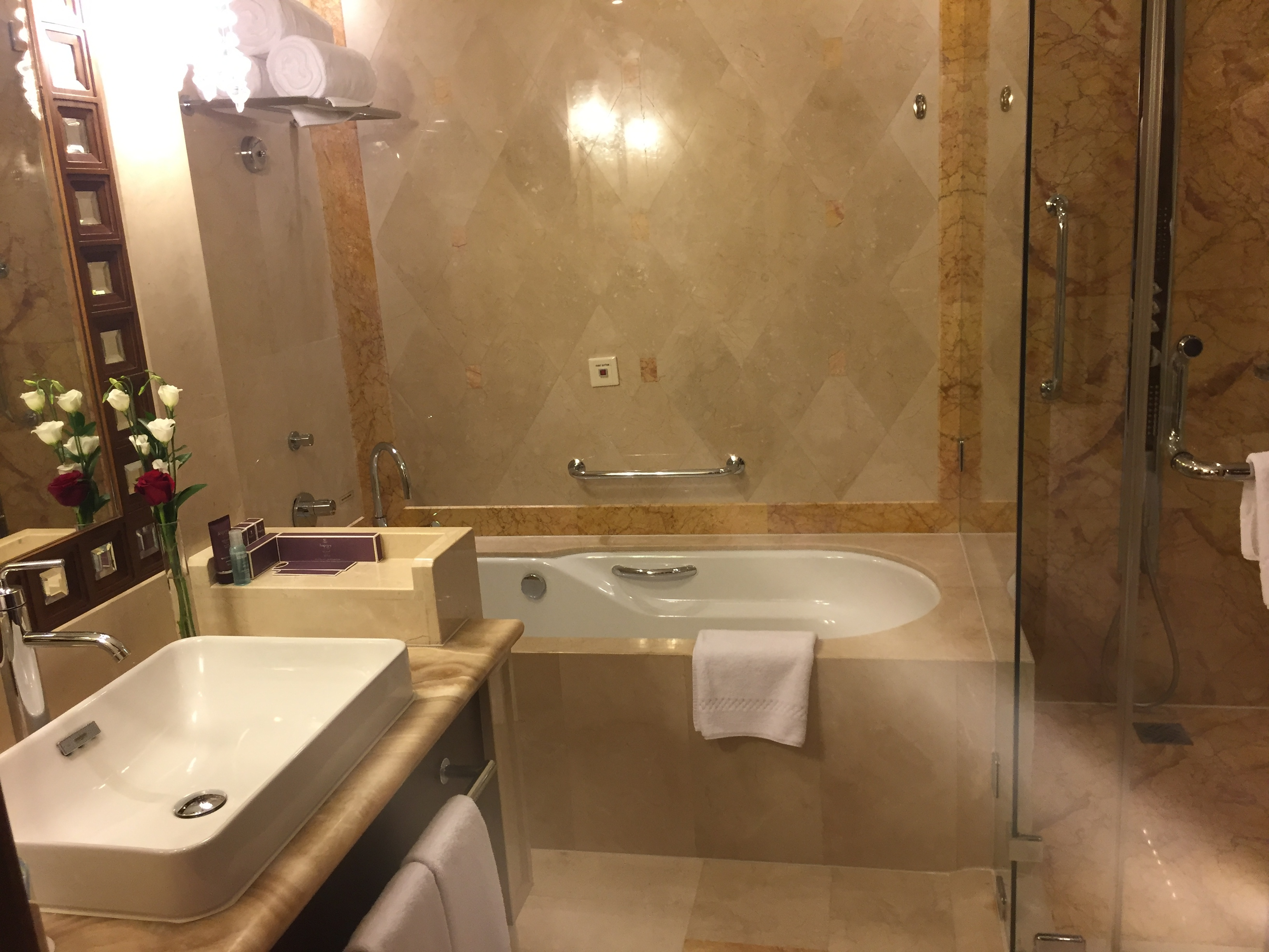 The Suite bathroom